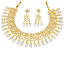 Sensational White Pearl Necklace
