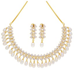 Spectacular Pearl  Necklace